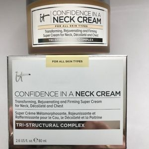 It Cosmetics Makeup - IT COSMETICS CONFIDENCE IN A NECK CREAM